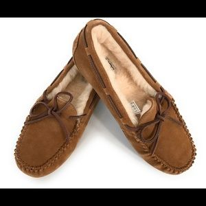 Ugg ansley 3312 chestnut slippers, Sz 5, new